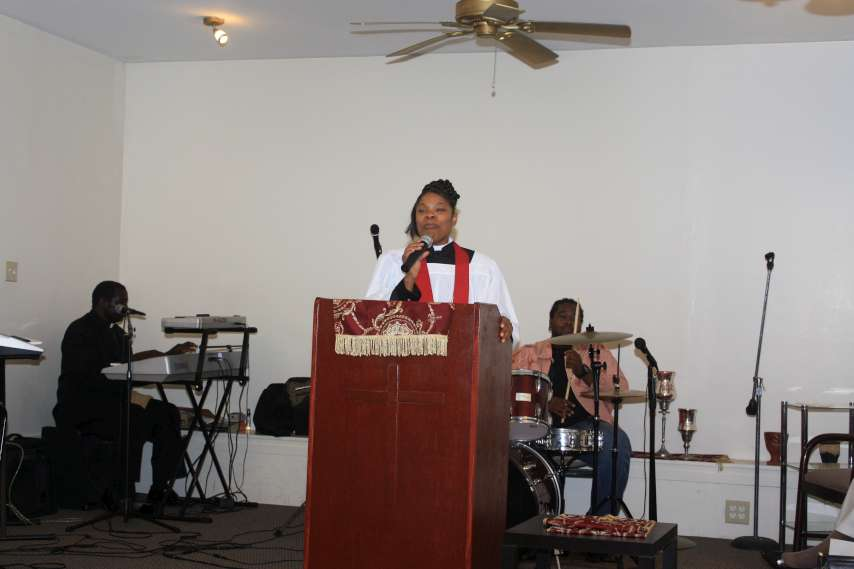 Pastor Robertson Installation127-P20.jpg